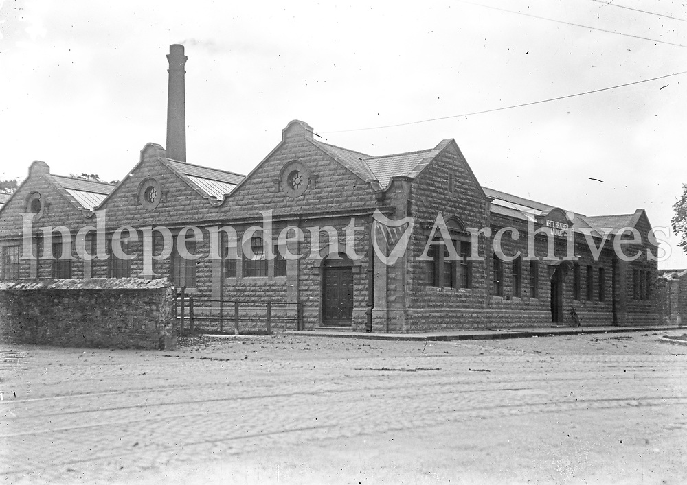 White Heather Laundry, Dublin.<br /> c. 1924. (Part of the Independent Newspapers Ireland/NLI Collection)