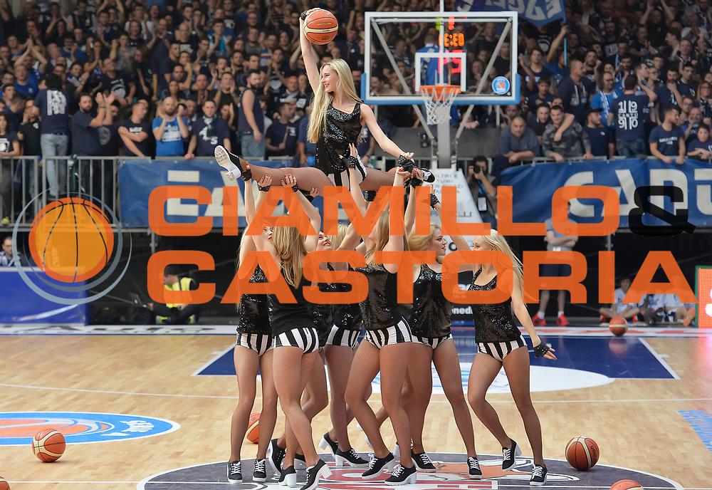 DESCRIZIONE : Cantu' Acqua Vitasnella Cantu' EA7 Emporio Armani Olimpia Milano<br /> GIOCATORE : Red Foxes<br /> CATEGORIA : Cheerleader<br /> SQUADRA : Acqua Vitasnella Cantu'<br /> EVENTO : Campionato Lega A 2015-2016<br /> GARA : Acqua Vitasnella Cantu' EA7 Emporio Armani Olimpia Milano<br /> DATA : 29/11/2015 <br /> SPORT : Pallacanestro <br /> AUTORE : Agenzia Ciamillo-Castoria/I.Mancini<br /> Galleria : Lega Basket A 2015-2016<br /> Fotonotizia : Cantu' Acqua Vitasnella Cantu' EA7 Emporio Armani Olimpia Milano<br /> Predefinita :