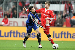 28.02.2010, Allianz Arena, Muenchen, GER, 1. FBL 09 10, FC Bayern München vs Hamburger SV, im Bild Marcus Berg (Hamburg Nr. 16) Holger Badstuber (FC Bayern München)  , EXPA Pictures © 2010, PhotoCredit: EXPA/ nph/ Straubmeier / for Slovenia SPORTIDA PHOTO AGENCY.