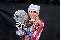 18.03.2018, Aare, SWE, FIS Weltcup Ski Alpin, Finale, Aare, Gesamt Weltcup, Damen, Siegerehrung, im Bild Mikaela Shiffrin (USA, Riesenslalom Weltcup 3. Platz, Slalom Weltcup und Gesamt Weltcup 1. Platz) mit ihren Olympia Medaillen und Ihrer grossen Kristallkugel // Overall World Cup winner Slalom World Cup winner and Giant Slalom World Cup third placed Mikaela Shiffrin of the USA with her olympic medals and crystal globe during the allover winner Ceremony for the ladie's Worlcup of FIS Ski Alpine World Cup finals in Aare, Sweden on 2018/03/18. EXPA Pictures © 2018, PhotoCredit: EXPA/ Johann Groder