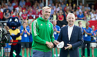 ANTWERP -   Best goalkeeper, David Harte of Ireland  after  the final Australia vs Belgium (1-0). left  WSP COPYRIGHT KOEN SUYK