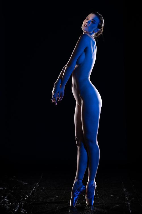 Model: Muirina Fae; <br /> Makeup &amp; hair: Araina Nespiak