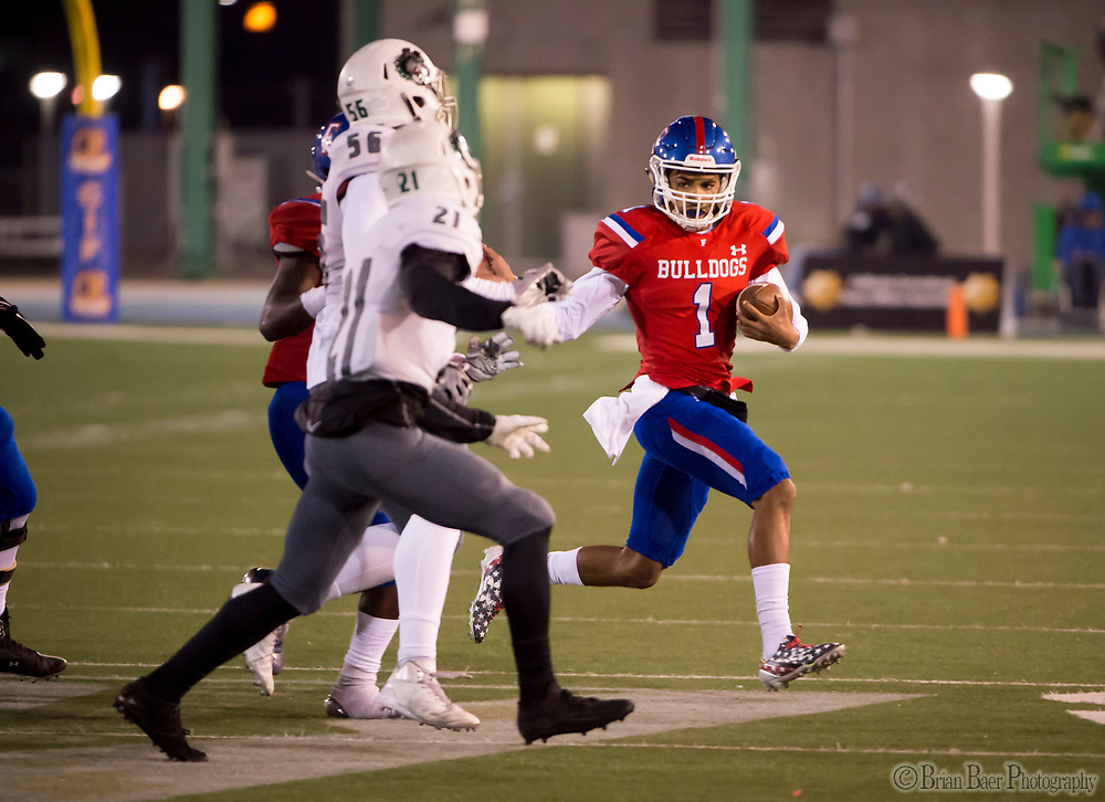 Folsom Bulldogs Kaiden Bennett (1), runs with the ball during the first half as the Folsom Bulldogs play the Helix Highlanders in the CIF Division I-AA state title game, at Hornet Stadium at Sacramento State University, Friday Dec 15, 2017.  <br /> photo by Brian Baer