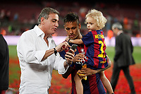 Barcelona´s Neymar Jr celebrates after winning the 2014-15 Copa del Rey final match against Athletic de Bilbao at Camp Nou stadium in Barcelona, Spain. May 30, 2015. (ALTERPHOTOS/Victor Blanco)