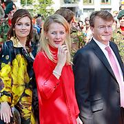 NLD/Weert/20110430 - Koninginnedag 2011 in Weert, Aimee Söhngen, Mabel Wisse Smit en partner Friso