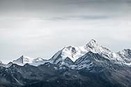 Vue des Alpes depuis Le barrage de Tseuzier ou de Rawil a &eacute;t&eacute; construit en 1957 Le col de Rawil (2429m) relie le Valais au canton de Berne.<br /> Paysage automne Valais Suisse Alpes m&eacute;l&egrave;zes foret montagne tourisme lac<br /> Alps Mountain Swiss <br /> 26 octobre 2018<br /> (OMAIRE)