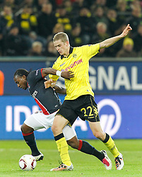 21.10.2010,Signal Iduna Park, Dortmund, GER, UEFA EL Gruppe J, Borussia Dortmund (GER) vs  Paris St. Germain (FRA ), im Bild Sven Bender (Dortmund GER #22) vs Stéphane Sessegnon (Paris St. Germain #10), EXPA Pictures © 2010, PhotoCredit: EXPA/ nph/  Scholz+++++ ATTENTION - OUT OF GER +++++