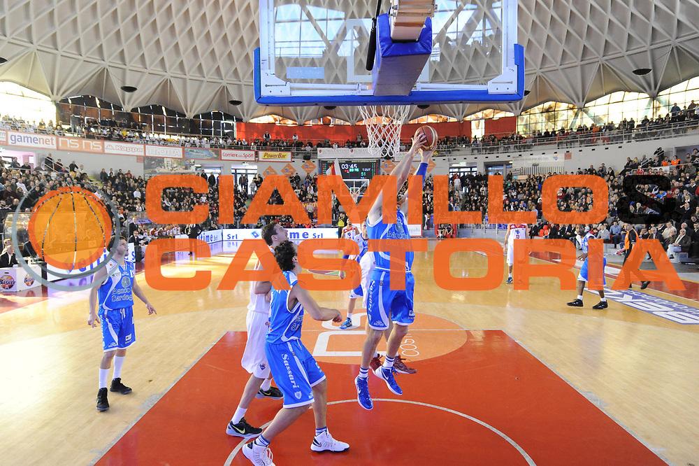 DESCRIZIONE : Roma Lega A 2012-13 Acea Roma Banco di Sardegna Sassari<br /> GIOCATORE : Bootsy Thornton<br /> CATEGORIA : special tiro<br /> SQUADRA : Banco di Sardegna Sassari<br /> EVENTO : Campionato Lega A 2012-2013 <br /> GARA : Acea Roma Banco di Sardegna Sassari<br /> DATA : 23/12/2012<br /> SPORT : Pallacanestro <br /> AUTORE : Agenzia Ciamillo-Castoria/GiulioCiamillo<br /> Galleria : Lega Basket A 2012-2013  <br /> Fotonotizia :  Roma Lega A 2012-13 Acea Roma Banco di Sardegna Sassari<br /> Predefinita :