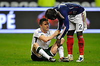Fotball<br /> Frankrike v Irland<br /> Foto: DPPI/Digitalsport<br /> NORWAY ONLY<br /> <br /> FOOTBALL - FIFA WORLD CUP 2010 - PLAY OFF - 2ND LEG - FRANCE v REPUBLIC OF IRELAND - 18/11/2009<br /> <br /> DISAPPOINTMENT ROY KEANE (IRE) / BACARY SAGNA (FRA)