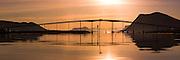 Kvalsund Bridge, Nearby Fosnavåg, Norway in beutiful morning light   Tidlig morgenlys ved Kvalsundbrua i Søre Vaulen, med flatt hav og spegling i sjøen