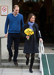 © London News Pictures. 06/12/2012. London, UK.  The Duchess Of Cambridge, Kate Middleton, leaving King Edward VII Hospital in London with Prince William on December 06, 2012  after spending three nights at the hospital being treated for a type of severe morning sickness called hyperemesis gravidarum. The royal couple announced the pregnancy on Monday. Photo credit: Ben Cawthra/LNP