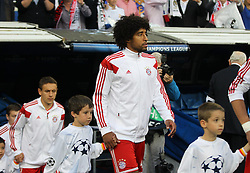 23.04.2014, Estadio Santiago Bernabeu, Madrid, ESP, UEFA CL, Real Madrid vs FC Bayern Muenchen, Halbfinale, Hinspiel, im Bild Dante #4 (FC Bayern Muenchen) kommt aus dem Tunnel // during the UEFA Champions League Round of 4, 1st Leg Match between Real Madrid vs FC Bayern Munich at the Estadio Santiago Bernabeu in Madrid, Spain on 2014/04/23. EXPA Pictures © 2014, PhotoCredit: EXPA/ Eibner-Pressefoto/ Kolbert<br /> <br /> *****ATTENTION - OUT of GER*****