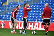 121015 Wales football team training
