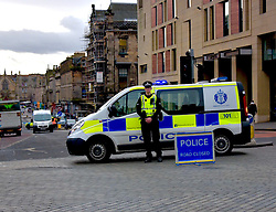 Pictured: <br /> <br /> Today Police were dealing with an accident at George IV Bridge and Victoria Street junction in Edinburgh where someone was run over.  Their condition is unknown at this point.<br /> <br /> Brain Anderson | EEm 9 Deemeber 2016