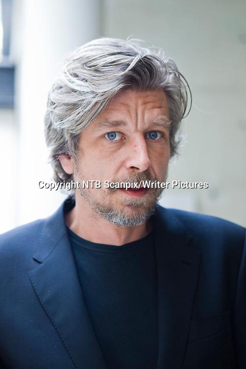 OSLO  20120327. Gyldendalprisen 2011 <br /> p&Acirc; kroner 400.000 ble tildelt forfatter Karl Ove Knausgaard  p&Acirc; Gyldendalhuset. <br /> Foto: Berit Roald / Scanpix<br /> <br /> NTB Scanpix/Writer Pictures<br /> <br /> WORLD RIGHTS, DIRECT SALES ONLY, NO AGENCY