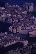 Aerial view of the rock, palace, museum. Monaco   Vue aérienne du palais sur le  rocher  P0005218  L930129b  R150/6