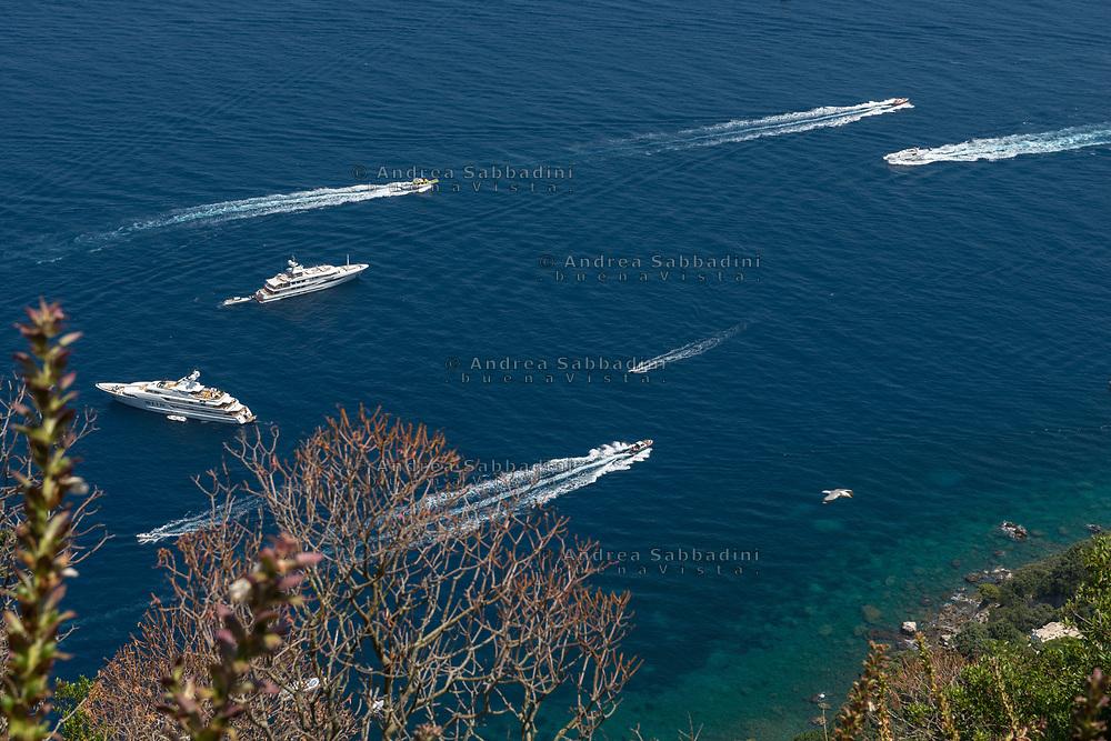 Capri, 30/06/2018: Vista del golfo di Napoli da Anacapri.<br /> &copy; Andrea Sabbadini