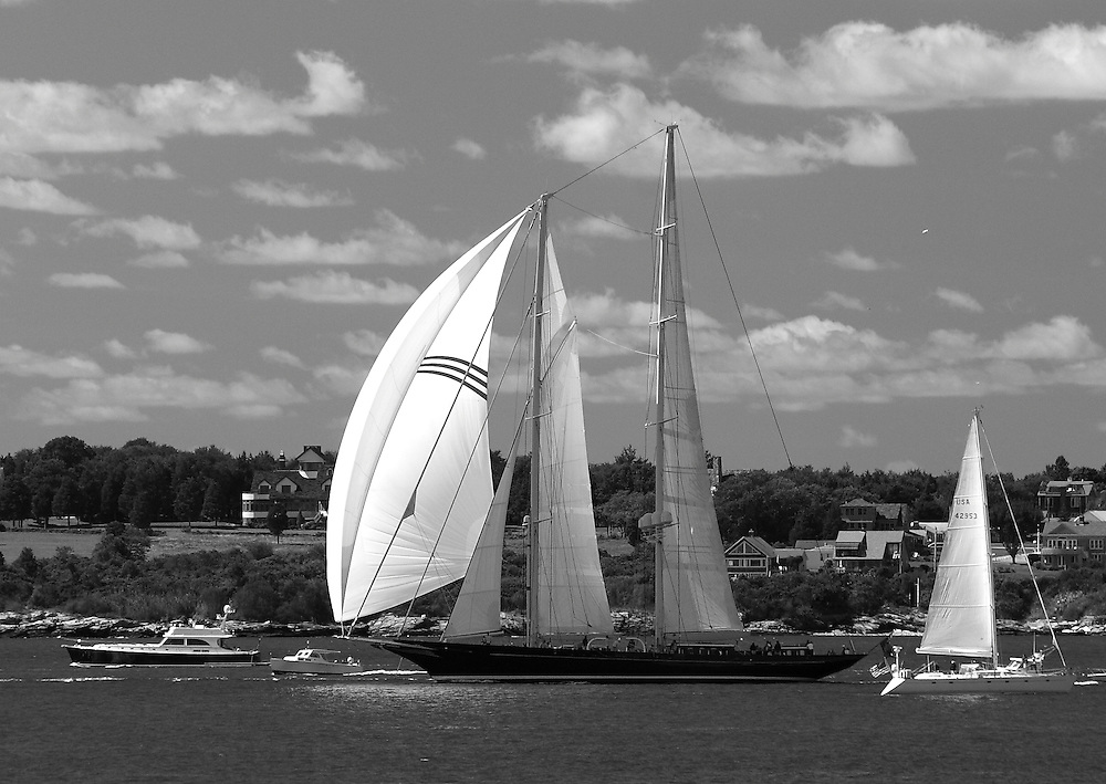 S/Y Meteor starts at the 2010 Newport Bucket. Super yachts racing in the 2010 Newport Bucket.