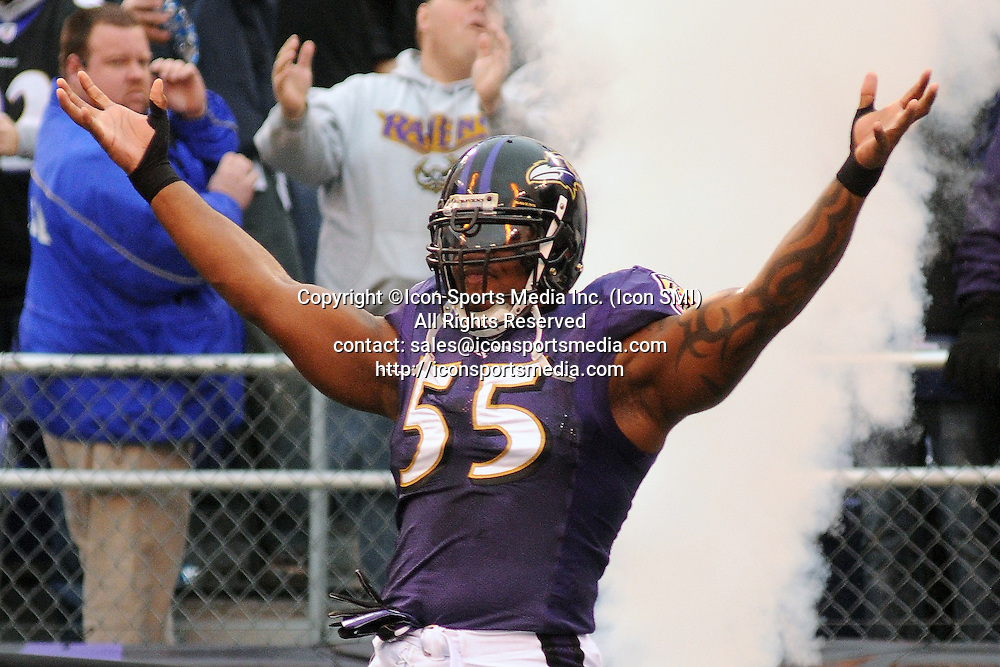 Jan. 2, 2011 - Baltimore, Maryland, United States of America - Baltimore Ravens linebacker Terrell Suggs (55) enters the field prior to Sunday afternoon's game between the Baltimore Ravens and the Cincinnati Bengals at M&T Bank Stadium in Baltimore, MD. The Ravens lead the Bengals 3-0 at the end of the first quarter
