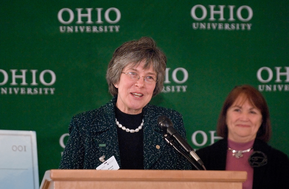 17601Scripps Howard Foundation Announcement of 15 million dollar gift to the College of Communication at the Westin in Cincinnati 4/4/06..Dr. Kathy Krendl, provost of Ohio University..Ms. Judith G. Clabes, president & CEO of the Scripps Howard Foundation