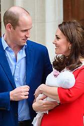 The Duke and Duchess of of Cambridge pictured outside the Lindo Wing at St Mary's Hospital in Paddington, London, after the birth of her second son. Photo credit should read: Matt Crossick/EMPICS Entertainment
