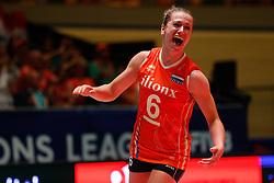 20180531 NED: Volleyball Nations League Netherlands - Brazil, Apeldoorn<br />Maret Balkestein - Grothues (6) of The Netherlands <br />©2018-FotoHoogendoorn.nl