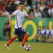 FOXBOROUGH, MASSACHUSETTS - JUNE 10:  Charles Aranguiz #20 of Chile in action during the Chile Vs Bolivia Group D match of the Copa America Centenario USA 2016 Tournament at Gillette Stadium on June 10, 2016 in Foxborough, Massachusetts. (Photo by Tim Clayton/Corbis via Getty Images)