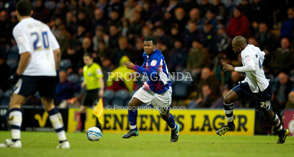PRESTON, ENGLAND - Saturday, January 15, 2011: Leicester City's Yakubu in action during the Football League Championship match at Deepdale. (Photo by Chris Brunskill/Propaganda)