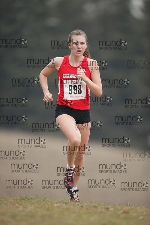 King City, Ontario ---09-11-15--- Katie Coopman of the York University Track Club competes at the Athletics Ontario Cross Country Championships in King City, Ontario, November 16, 2009..GEOFF ROBINS Mundo Sport Images