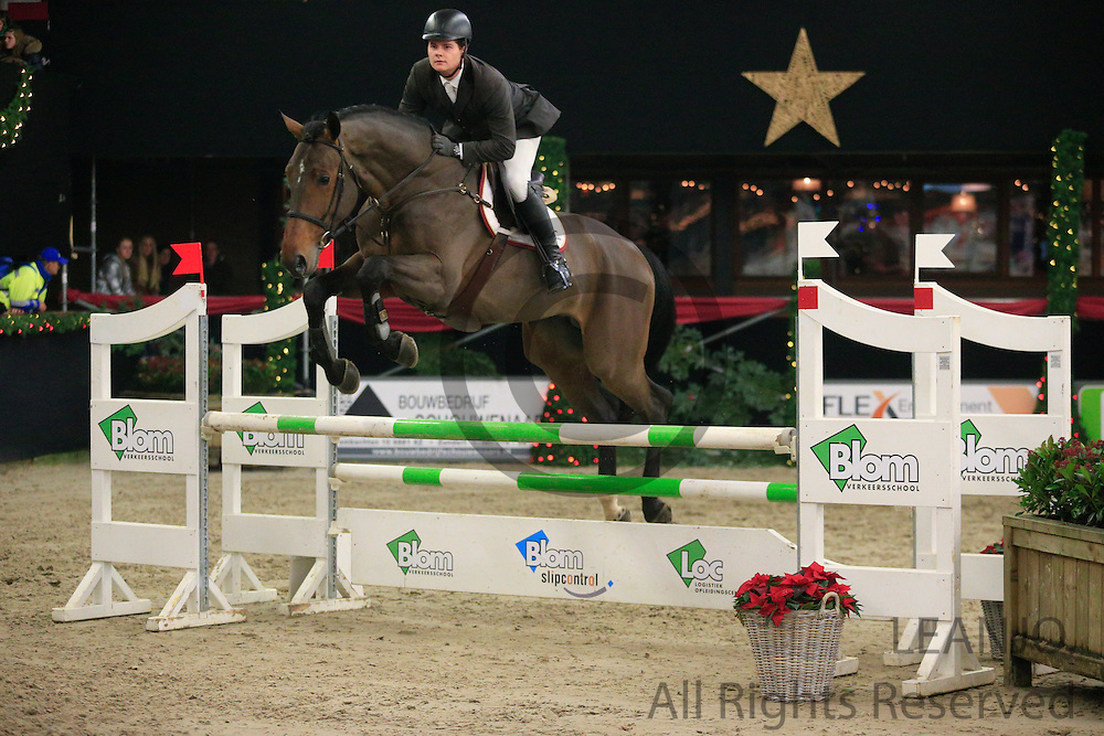 Jan Conijn - Don't Touch It M<br /> KNHS/KWPN GMB Hengstencompetitie Roosendaal 2012<br /> © DigiShots