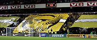 Fotball<br /> Tippeligaen Eliteserien<br /> 20.10.08<br /> Ullevaal Stadion<br /> Vålerenga VIF - Lillestrøm LSK<br /> TIFO KFL Kanarifansen<br /> Foto - Kasper Wikestad