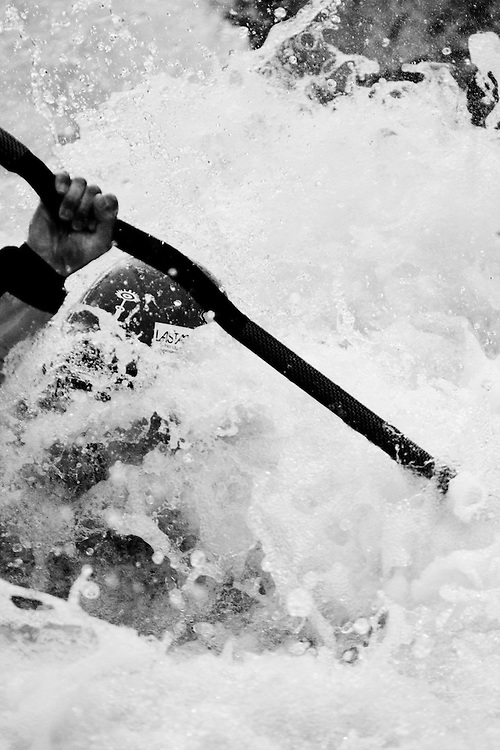 DAY 3 - MONDAY, RIDER: GILLES REBOISSON, SPORT: KAYAK, STYLE: ACTION > SOG09, TEAM FRANCE: RIDE THE PLANETS