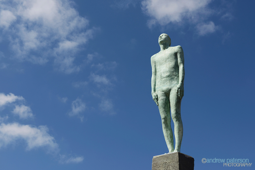 The Voyage statue by Icelandic artist Steinunn Thorarinsdottir overlooking the Humber Estuary in Hull city centre