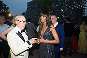 TOMMY HILFIGER; NAOMI CAMPBELL, 2016 SERPENTINE SUMMER FUNDRAISER PARTY CO-HOSTED BY TOMMY HILFIGER. Serpentine Pavilion, Designed by Bjarke Ingels (BIG), Kensington Gardens. London. 6 July 2016