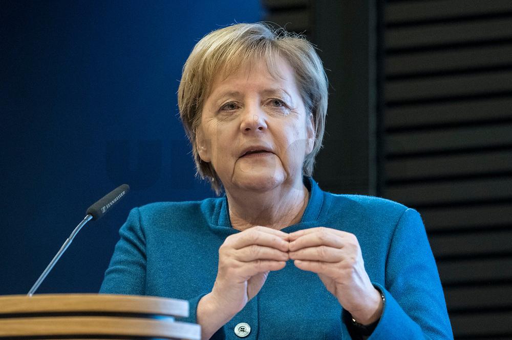 """21 NOV 2018, BERLIN/GERMANY:<br /> Angela Merkel, CDU, Bundeskanzlerin, haelt eine Rede, """"Parlamentarismus im Spannungsverhaeltnis von Globalisierung und Nationaler Souveraenitaet"""", Veranstaltung der Konrad-Adenauer-Stiftung anl. des 70. Geburtstages von Norbert Lammert, Akademie der KAS<br /> IMAGE: 20181121-02-068"""