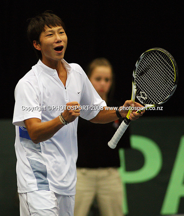 China's Yan Bai celebrates victory over Daniel King-Turner in the singles.<br /> Davis Cup Tennis singles, final day - New Zealand v China at TSB Stadium, New Plymouth, New Zealand. Sunday, 21 September 2008. Photo: Dave Lintott/PHOTOSPORT