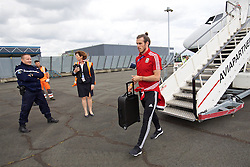 LILLE, FRANCE - Wednesday, June 15, 2016: Wales' Gareth Bale arrives in at Lille Lesquin International Airport as for their Group Stage MD 2 game of the UEFA Euro 2016 Championship against England. (Pic by David Rawcliffe/Propaganda)