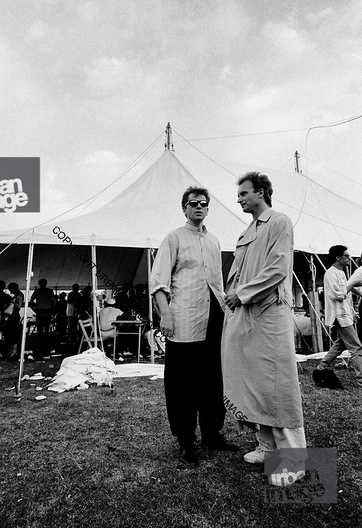 Sting with Peter Gabriel - Womad 1996