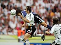 Tor 0:1 durch Roberto Ayala Argentinien gegen Miroslav Klose<br /> Fussball WM 2006 Viertelfinale Deutschland - Argentinien<br /> Tyskland - Argentina<br /> Norway only