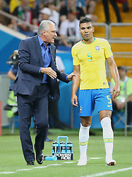 ROSTOV-ON-DON, June 17, 2018  Brazil's head coach Tite (L) talks with Casemiro during a group E match between Brazil and Switzerland at the 2018 FIFA World Cup in Rostov-on-Don, Russia, June 17, 2018. (Credit Image: © Li Ming/Xinhua via ZUMA Wire)