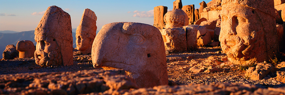 TURKEY, NEMRUT DAGI mountain top shrine and tomb