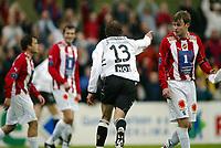 Fotball, 26. april 2003, Tippeligaen, Sogndal-Tromsø 3-1. Alexander Ødegaard, Sogndal, jubler mens Tromsø med blant annet Arne Vidar Moen fortviler