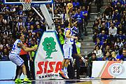 DESCRIZIONE : Sassari Lega A 2012-13 Dinamo Sassari Lenovo Cant&ugrave; Quarti di finale Play Off gara 2<br /> GIOCATORE : Joe Ragland<br /> CATEGORIA : Tiro<br /> SQUADRA : Lenovo Cant&ugrave;<br /> EVENTO : Campionato Lega A 2012-2013 Quarti di finale Play Off gara 2<br /> GARA : Dinamo Sassari Lenovo Cant&ugrave; Quarti di finale Play Off gara 2<br /> DATA : 11/05/2013<br /> SPORT : Pallacanestro <br /> AUTORE : Agenzia Ciamillo-Castoria/M.Turrini<br /> Galleria : Lega Basket A 2012-2013  <br /> Fotonotizia : Sassari Lega A 2012-13 Dinamo Sassari Lenovo Cant&ugrave; Play Off Gara 2<br /> Predefinita :