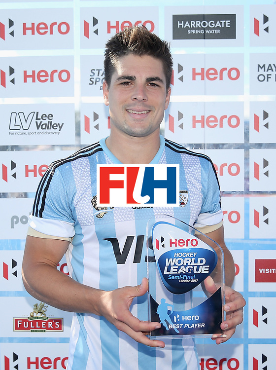 LONDON, ENGLAND - JUNE 25:  Gonzalo Peillat of Argentina poses with his Best Player trophy after the final match between Argentina and the Netherlands on day nine of the Hero Hockey World League Semi-Final at Lee Valley Hockey and Tennis Centre on June 25, 2017 in London, England.  (Photo by Alex Morton/Getty Images)