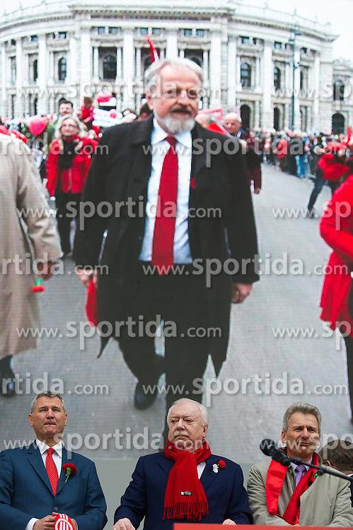 """01.05.2016, Rathausplatz, Wien, AUT, SPÖ, Traditioneller Maiaufmarsch am Tag der Arbeit unter dem Motto """"Unsere Stärke: Sozialer Zusammenhalt!"""". im Bild v.l.n.r. Landesparteisekretär Wien Georg Niedermühlbichler, Michael Häupl (SPÖ), ÖGB- Präsident Erich Foglar und im Hintergrund auf Leinwand Bundesgeschäftsführer Gerhard Schmid // during labour day celebration of the austrian social democratic party at Rathausplatz in Vienna, Austria on 2016/05/01. EXPA Pictures © 2016, PhotoCredit: EXPA/ Michael Gruber"""