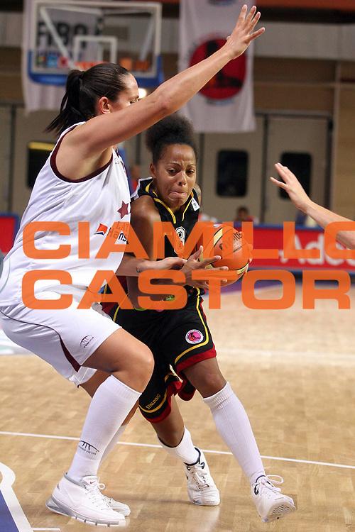 DESCRIZIONE : Vasto Italy Italia Eurobasket Women 2007 Belgium Latvia Belgio Lettonia<br /> GIOCATORE :  Kathy Wambe<br /> SQUADRA : Belgium Belgio<br /> EVENTO : Eurobasket Women 2007 Campionati Europei Donne 2007 <br /> GARA : Belgium Latvia Belgio Lettonia<br /> DATA : 30/09/2007 <br /> CATEGORIA : Penetrazione<br /> SPORT : Pallacanestro <br /> AUTORE : Agenzia Ciamillo-Castoria/E.Castoria <br /> Galleria : Eurobasket Women 2007 <br /> Fotonotizia : Vasto Italy Italia Eurobasket Women 2007 Belgium Latvia Belgio Lettonia<br /> Predefinita :