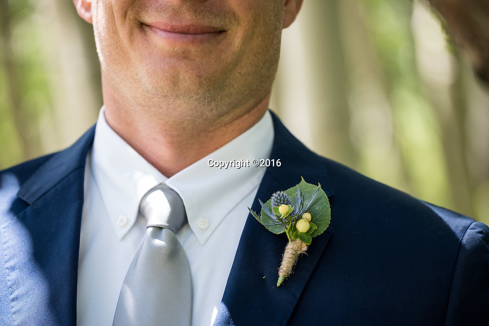 Creative wedding photographers in Aspen, Colorado whose wedding photography captures your unique style.