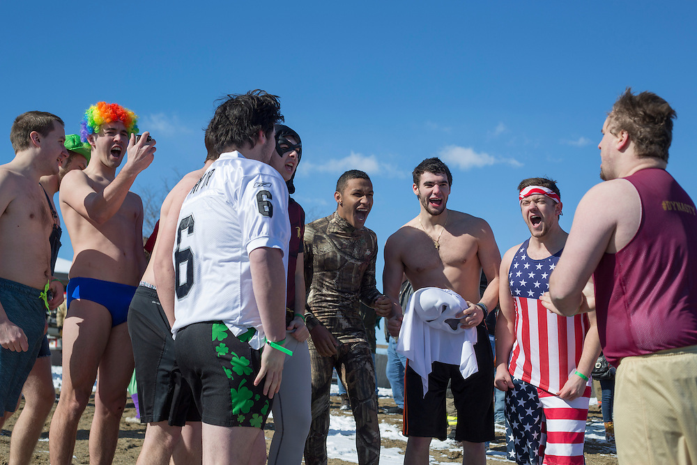 Brothers of Phi Kappa Theta prepare to plunge into Lake Snowden at the Polar Plunge on February 13, 2016. Photo by Emily Matthews