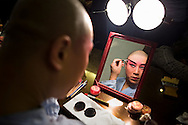 Actor of Pekin Opera making up. Laoshe Teahouse. Nº3 Qianmen Avenue West,Beijing, China