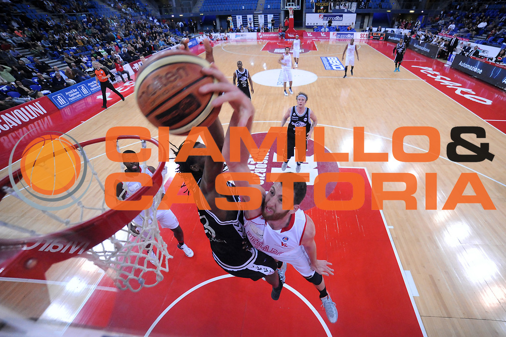 DESCRIZIONE : Pesaro Lega A 2013-14 VL Pesaro Granarolo Bologna<br /> GIOCATORE : Marc Trasolini Andrea Pecile<br /> CATEGORIA : special stoppata scelta schiacciata<br /> SQUADRA : VL Pesaro Granarolo Bologna<br /> EVENTO : Campionato Lega A 2013-2014<br /> GARA : VL Pesaro Granarolo Bologna<br /> DATA : 27/04/2014<br /> SPORT : Pallacanestro <br /> AUTORE : Agenzia Ciamillo-Castoria/C.De Massis<br /> Galleria : Lega Basket A 2013-2014  <br /> Fotonotizia : Pesaro Lega A 2013-14 VL Pesaro Granarolo Bologna<br /> Predefinita :